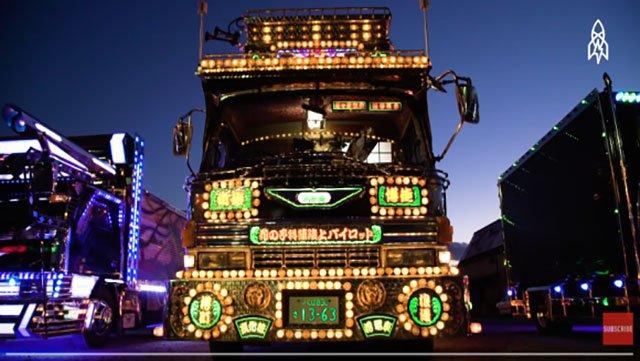 """""""Dekotora"""": decora il tuo camion!"""