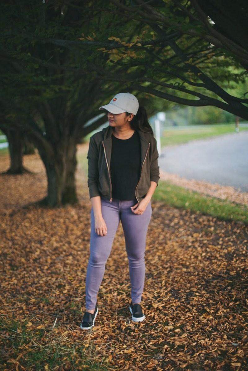 Lifestyle blogger Surekha of dreaming loud wearing loft legging in sateen five pocket in smokey purple 1