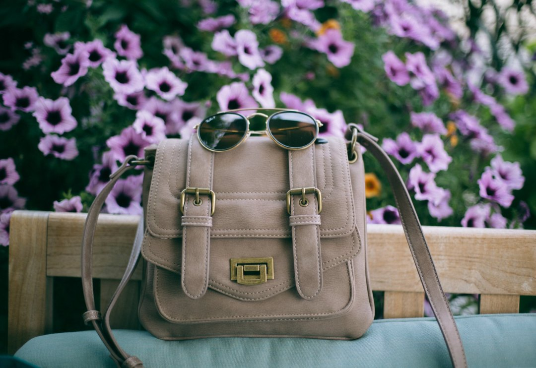 Lifestyle-blogger-Surekha-of-dreaming-loud-wearing-pinkstix-military-crossbody-bag-2