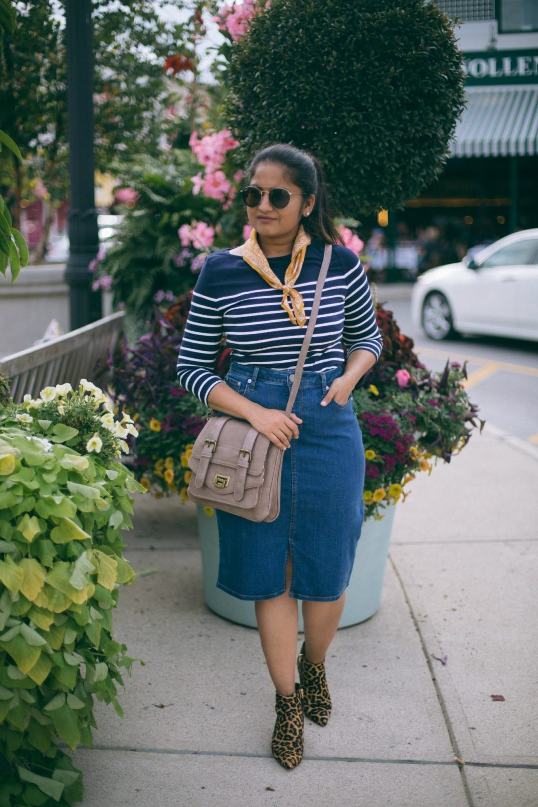 Lifestyle-blogger-Surekha-of-dreaming-loud-wearing-sam-edelman-leapord-print-boots-lucy