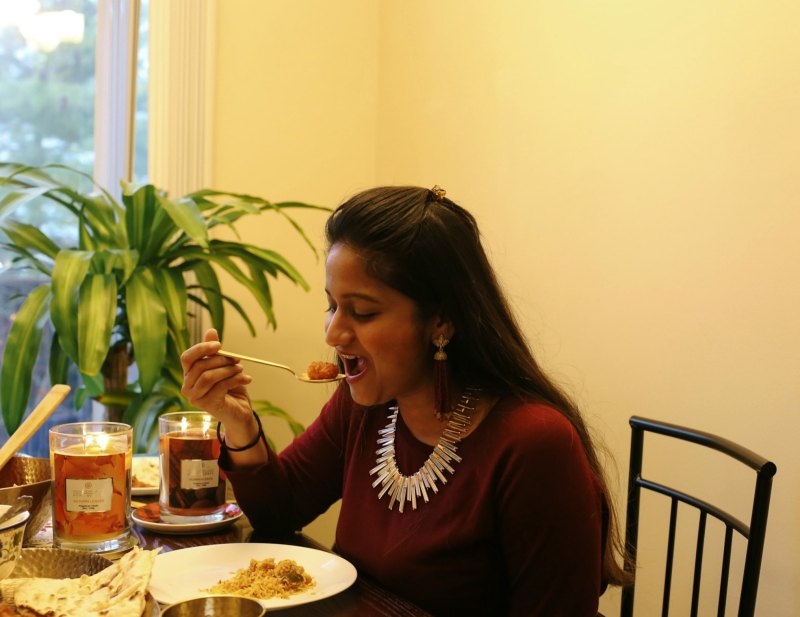 Lifestyle Blogger Surekha of Dreaming Loud Sharing Thanksgiving table decoration ideas and vegetarian food