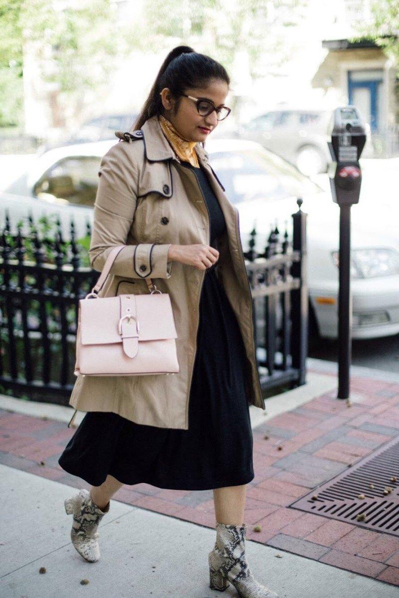 lifestyle blogger Surekha of dreaming loud wearing henri bendel riverside top handle satchel