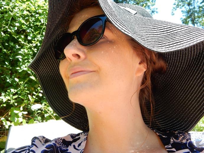 boohoo-floppy-beach-hat-ootd-style