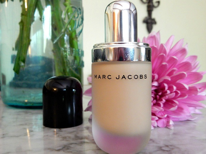 MAKEUP: Marc Jacobs 'Remarcable' Foundation Review - www.dreaminlace.com
