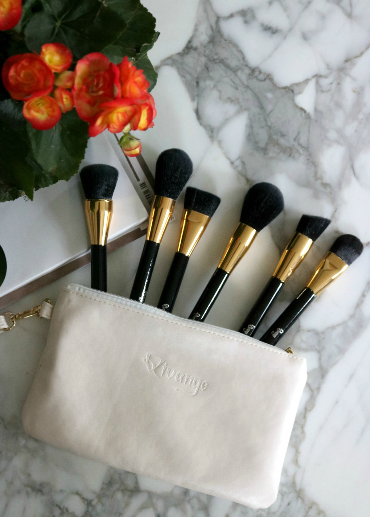Qivange Makeup Brushes I DreaminLace.com