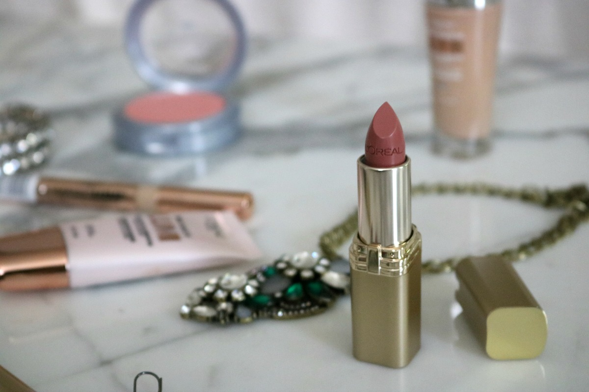 Deepika Padukone Cannes 2017 Loreal Makeup Tutorial I DreaminLace.com