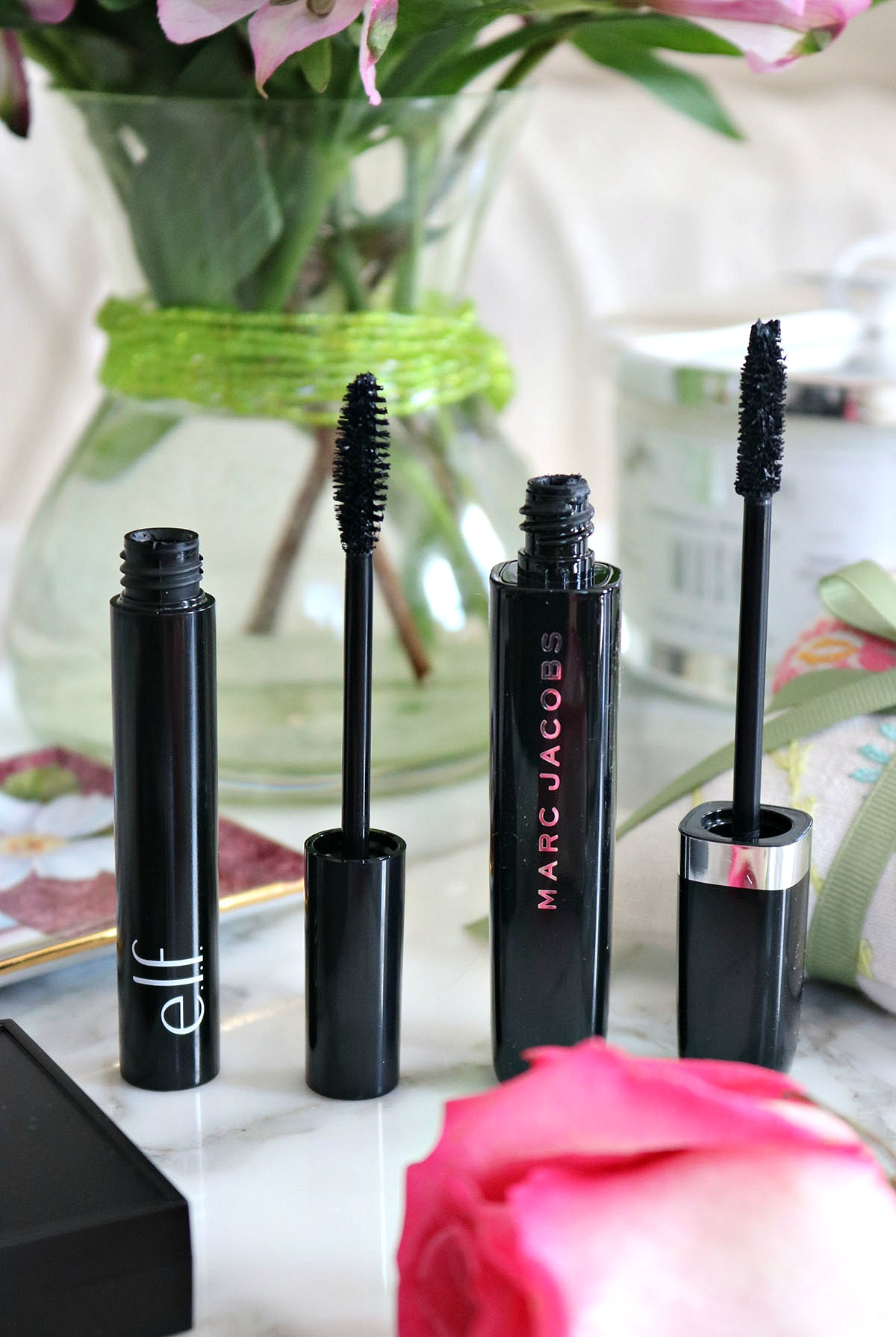 Mascara Showdown I Marc Jacobs Beauty Mega Lash v. Elf Cosmetics Mineral Infused Mascara #DrugstoreMakeup #CrueltyFreeBeauty #CrueltyFreeMakeup #Mascara