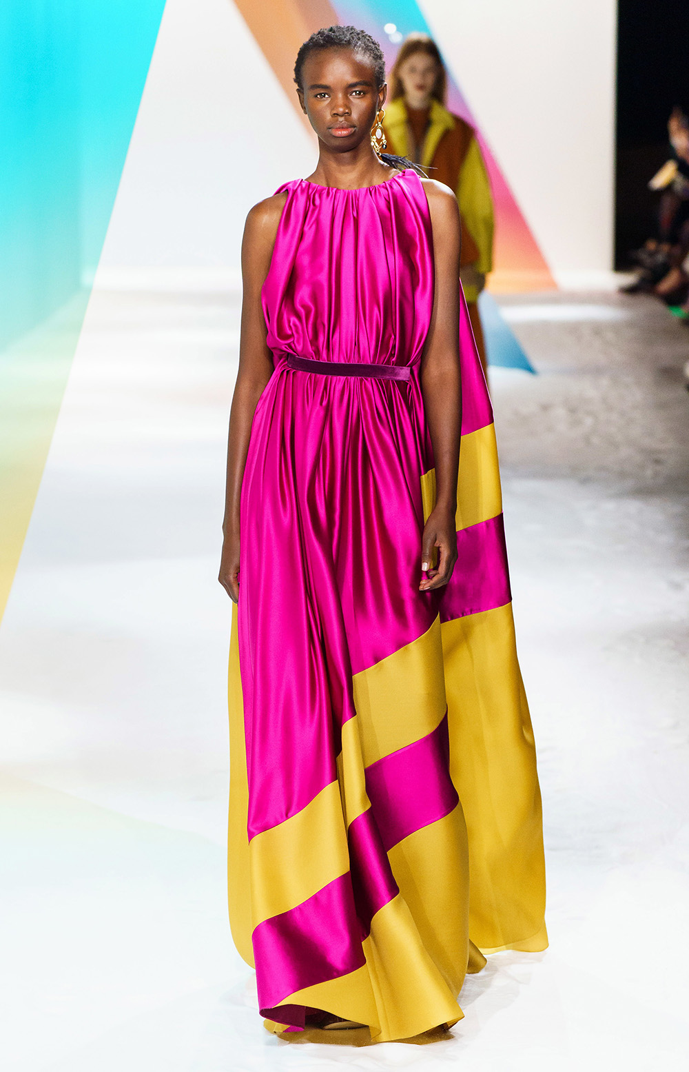Best London Fashion Week Looks Off the Fall 2019 Runways I Roksanda Evening Gown #FashionWeek #LFW #DesignerFashion