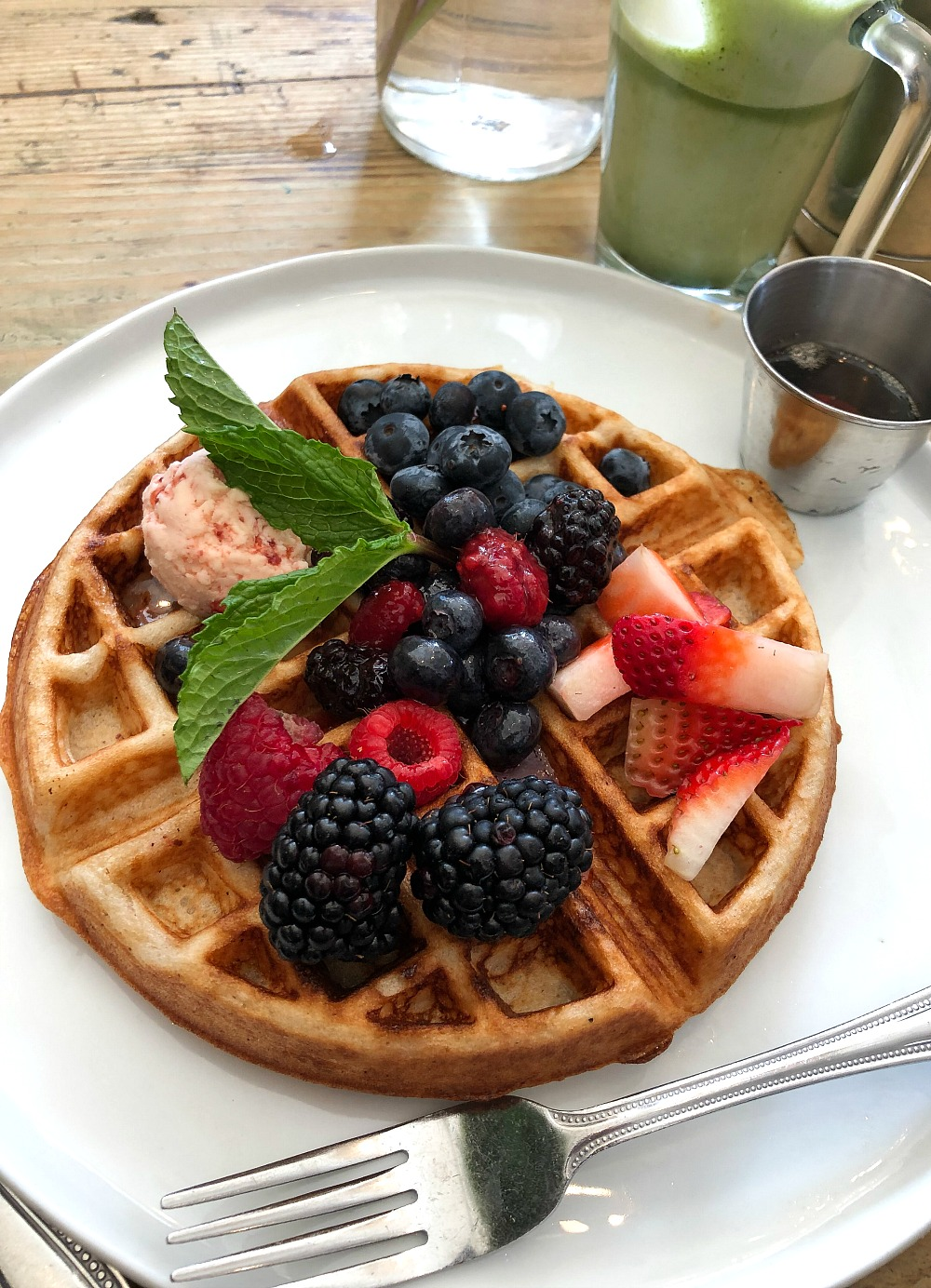 Affordable New York City Travel Guide I The Butcher's Daughter Vegan Waffle #Travel #TravelGuide #NYC #VeganEats
