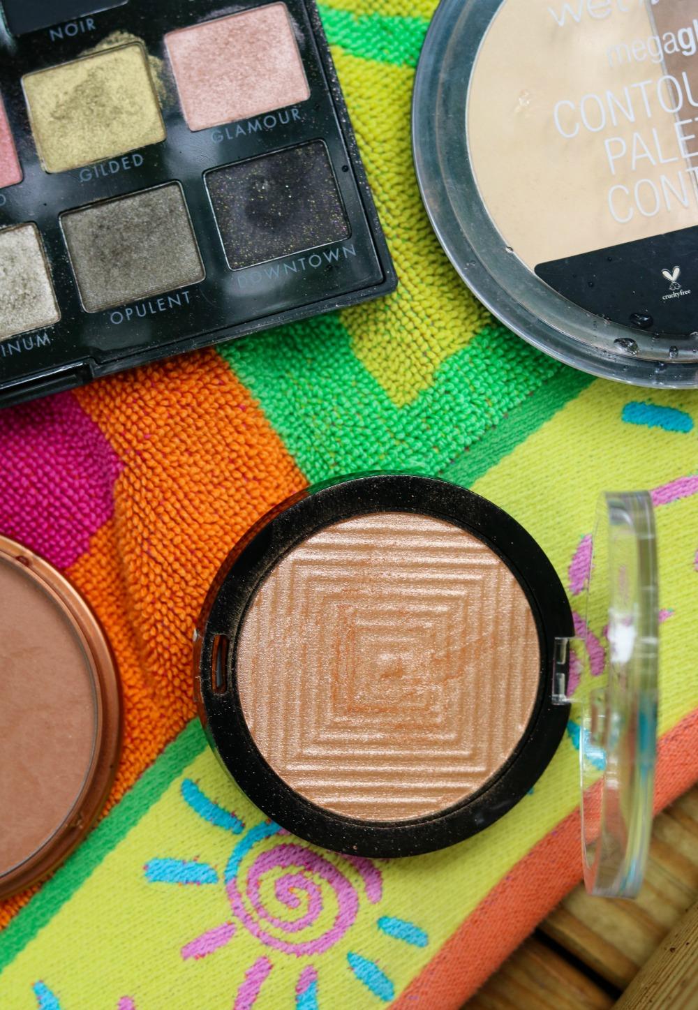Summer Drugstore Makeup Tutorial I Maybelline Master Chrome Highlighter #summermakeup #makeuptutorial #beautyblogger #makeup