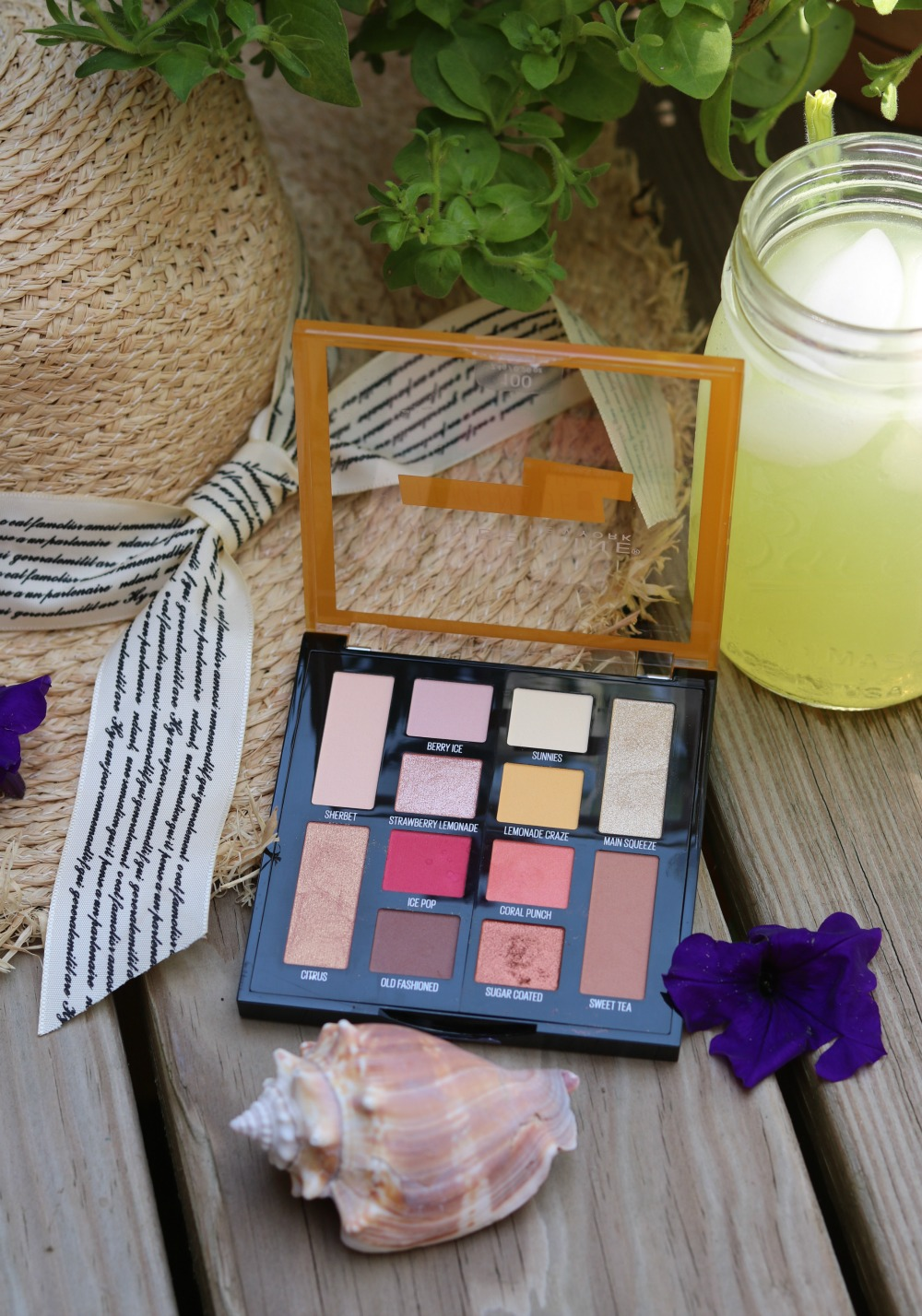 Maybelline Lemonade Craze Eyeshadow Palette Review I DreaminLace.com #Maybelline #DrugstoreMakeup #SummerMakeup #BeautyBlogger