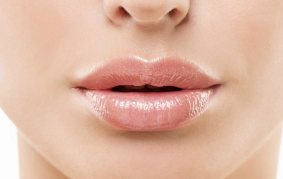 Superstitions Related To Twitching of Lips – DreamOzone