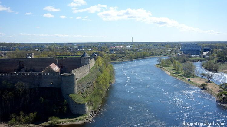 view of the Narva river from the castle