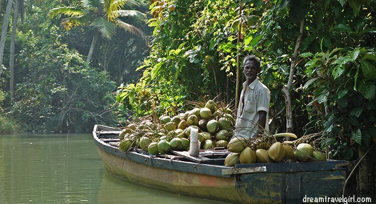 India_Kerala_Poovar_backwaters04