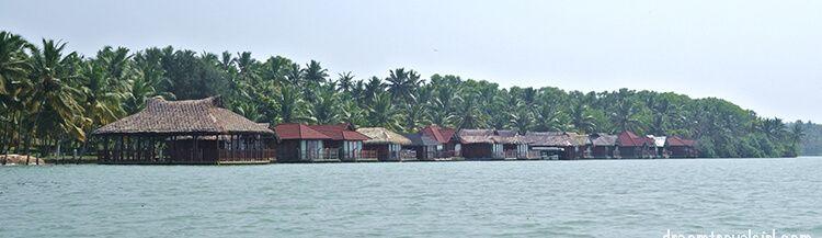 India_Kerala_Poovar_backwaters09