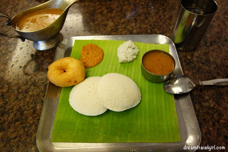 Breakfast: idly (rice cake), sambar (bit spicy), tomato and coconut chutney (spicy!), and vada (doughnut like)