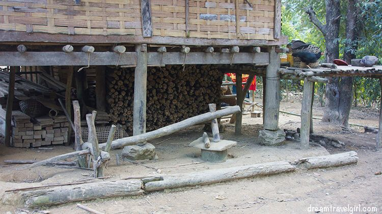 Laos_Huay-Bo_rice-smasher