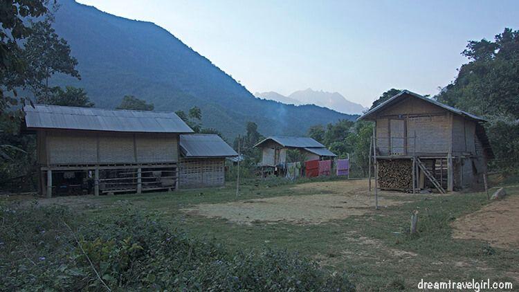 Laos_Huay-Bo_village06