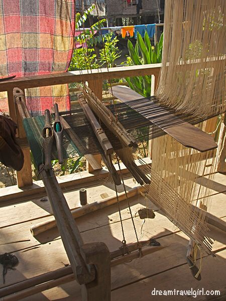 Laos_Huay-Bo_weaving