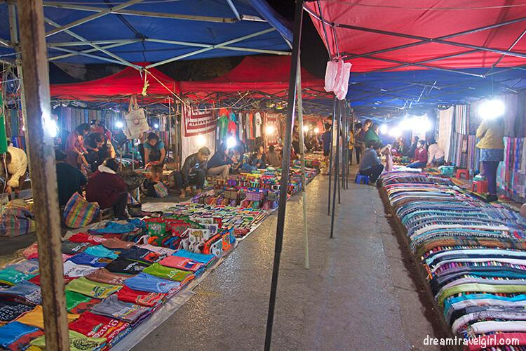 Laos_Luang-Prabang_night-market