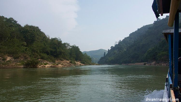 Going from Muang Khoa to Muang Ngoi by boat