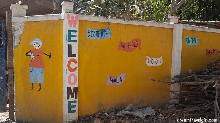 Laos_Vientiane_school