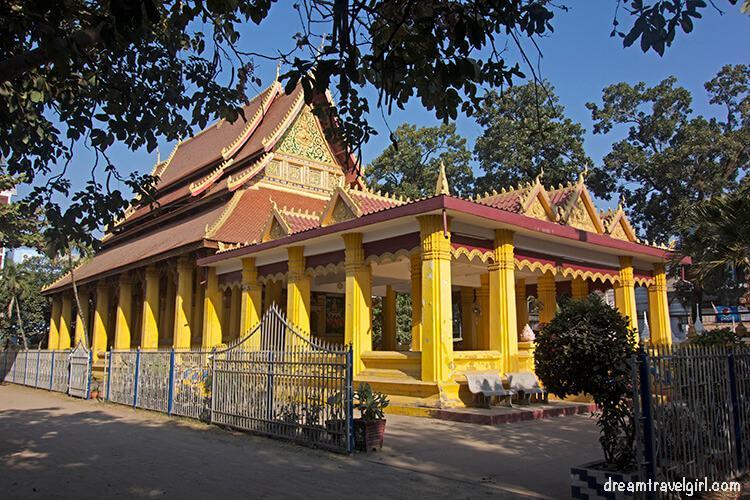 Laos_Vientiane_temple01