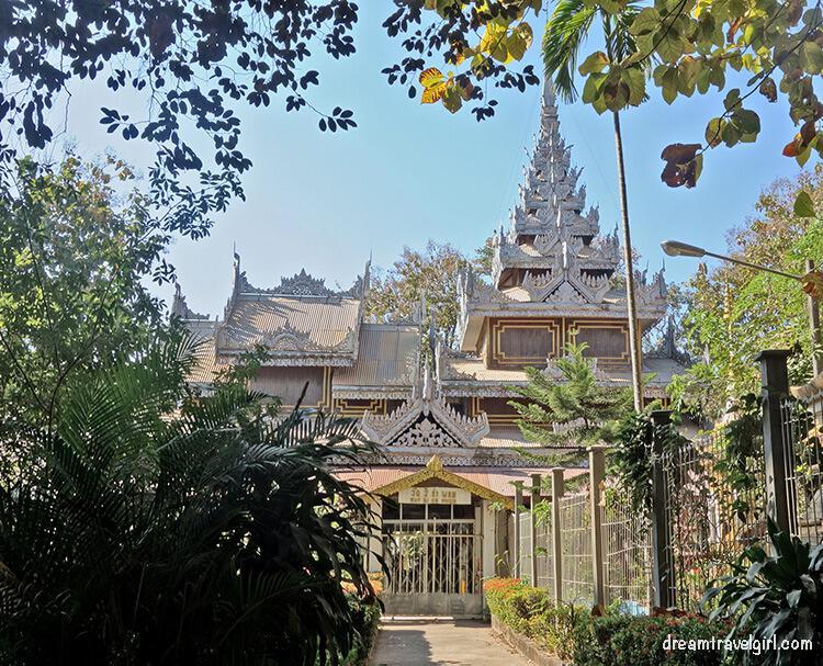 Laos_Vientiane_temple05