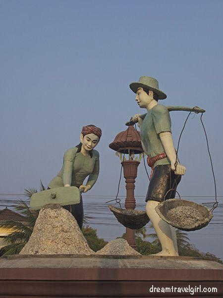 Cambodia_Kampot_statue-salt-collector