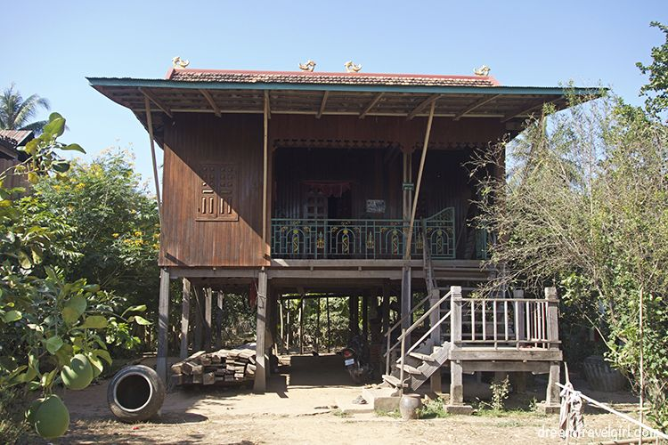 Cambodia_Kratie_Koh-Trong_house