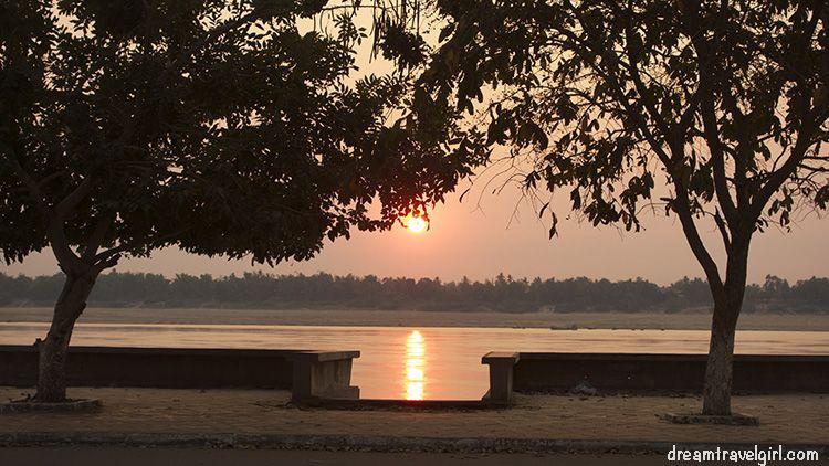 Cambodia_Kratie_sunset-Mekong