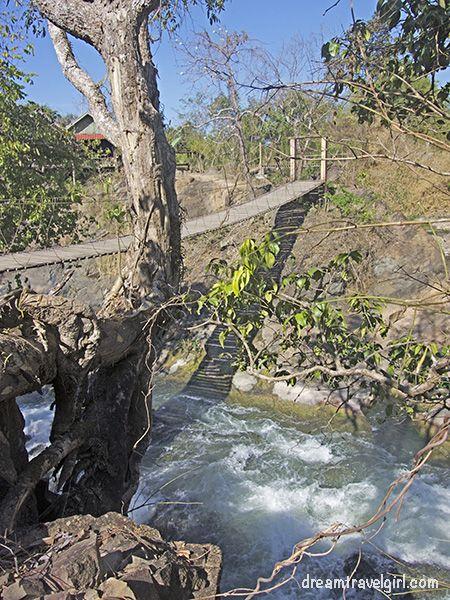 Laos_4000islands_Don-Khon_Khon-Pa-Soi-waterfall1
