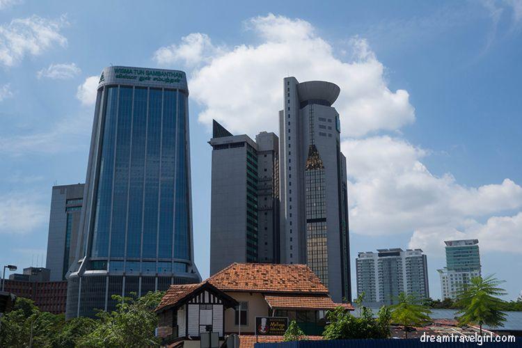 Malaysia_Kuala-Lumpur_high-buildings02