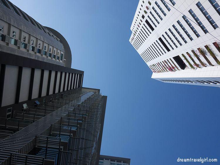 Malaysia_Kuala-Lumpur_high-buildings03