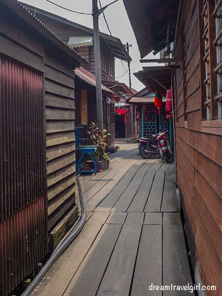 Malaysia_Penang_Georgetown_chinese-Chew-clan-jetty
