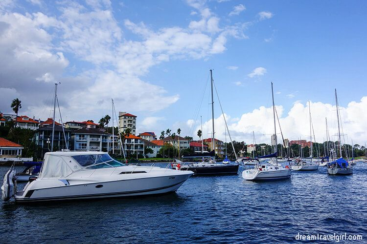 Australia_Sydney_bay-boats