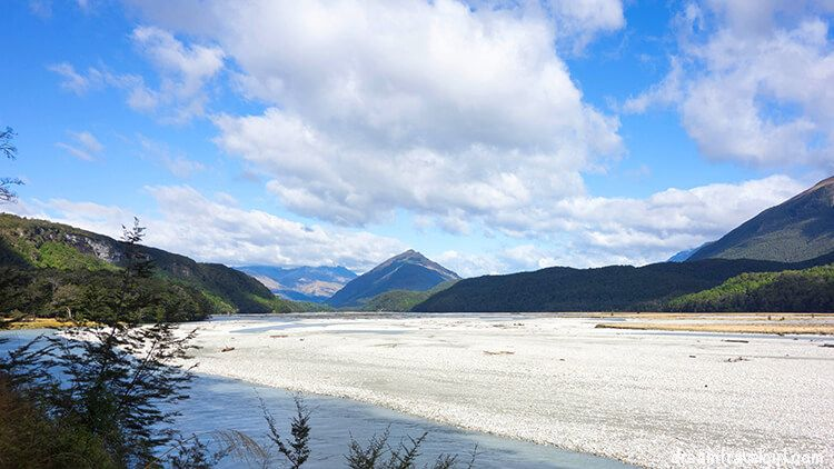 The river and white stones (Isengard?)