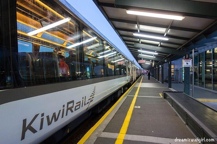New-Zealand_TranzAlpine01_kiwirail