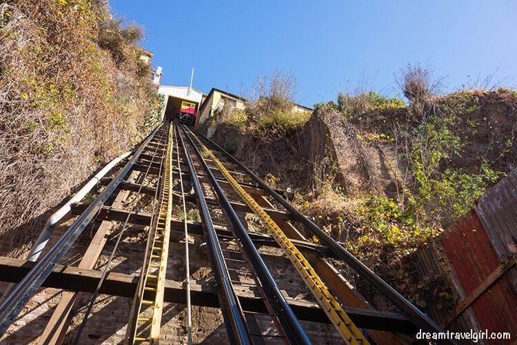 Chile_Valparaiso_ascensor-lift02