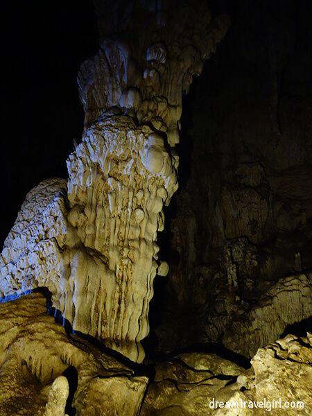 Geological formation: column