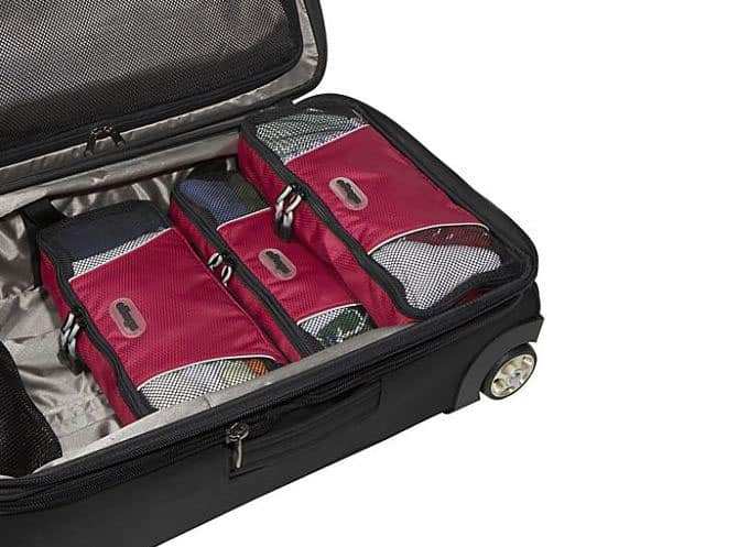 packing-cubes-suitcase