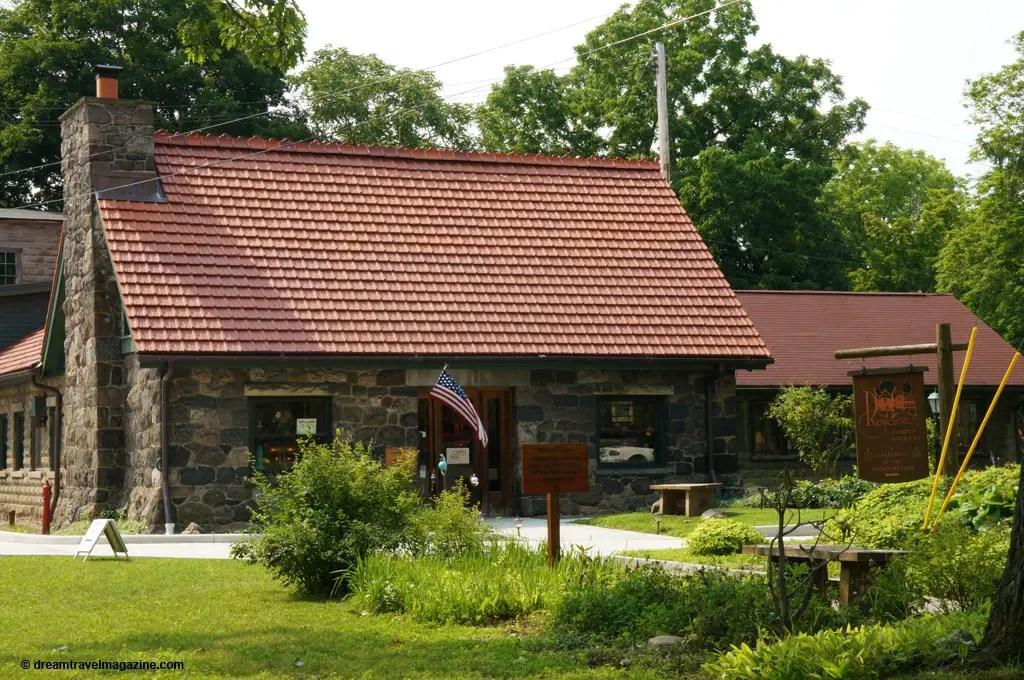 East Aurora Village New York__dreamtravelmagazine.com_DSC09817