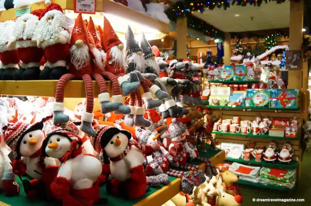 Bronners Christmas Wonderland-Michigan_dream-travel-magazine_09