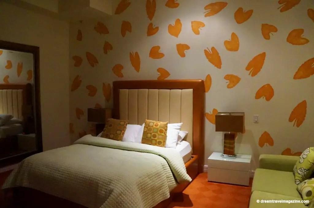 Ontario-Chatham-Retro-Suites-Hotel-review_08