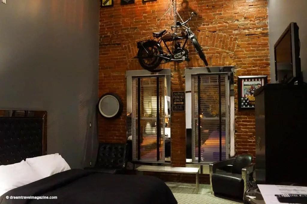 Ontario-Chatham-Retro-Suites-Hotel-review_11