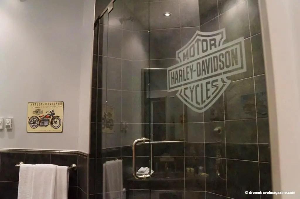 Ontario-Chatham-Retro-Suites-Hotel-review_12