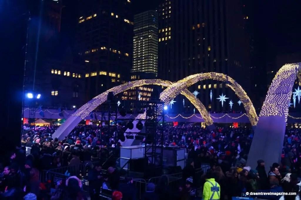 11-29-15-Toronto-Cavalcade-of-Lights-316