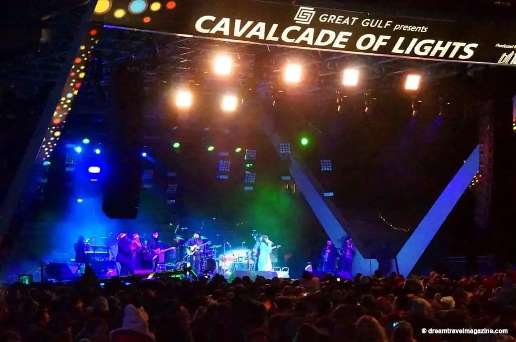 11-29-15-Toronto-Cavalcade-of-Lights-37