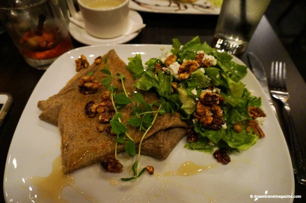 review-the-nook-creperie-restaurant-pembroke-ontario-04