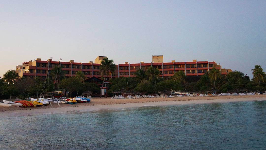 Review: Brisas Guardalavaca Cuba Older Hotel with a few Surprises